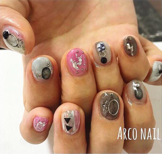 ジェルネイル ショートネイル シルバー ブラック ビジュー 人気 2018 福岡天神 arco nail 2017-11-03 23-05-52
