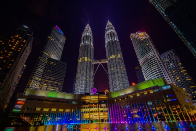 lcc セール 福岡 クアラルンプール マレーシア エアアジアX