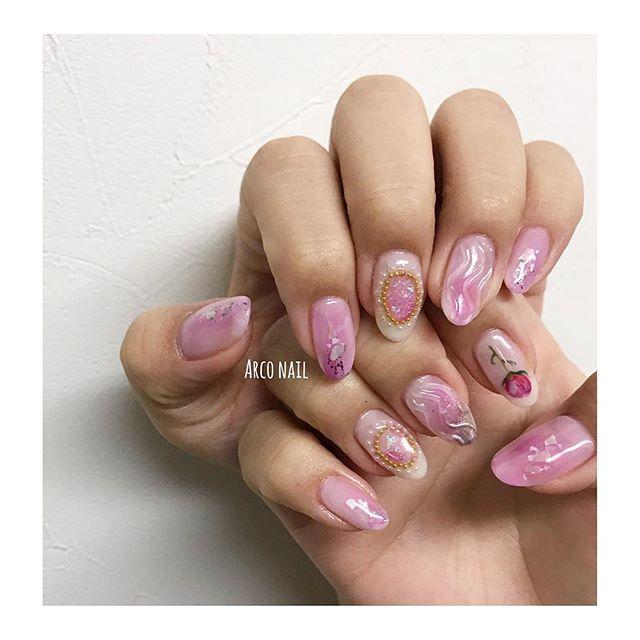 ネイル デザイン 夏 ピンク