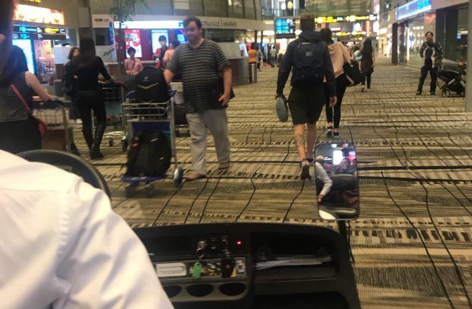 シンガポール航空 遅延 乗り継ぎ