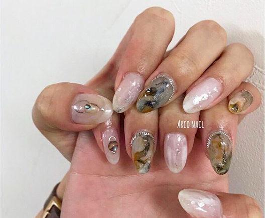 ネイルデザイン ホワイト 夏 2018 天然石 タイダイ