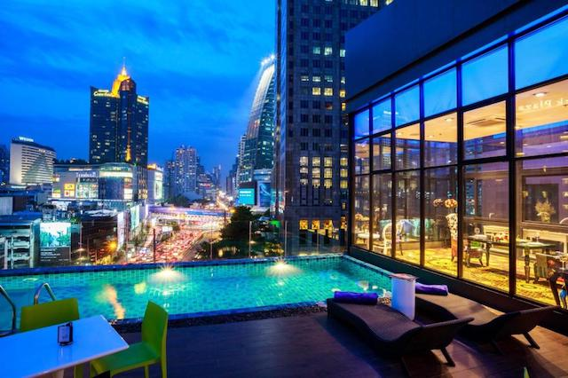 ホテル クローバー アソーク バンコク (Hotel Clover Asoke Bangkok)
