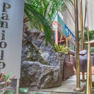パニオロ アット ザ エクウス ハワイ ホテル 格安