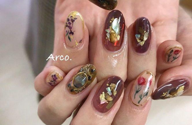 派手ネイル デザイン パープル カシス 紫 押し花 シェル 夏 2020